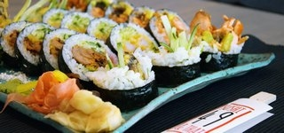 Sushi zestawy lunchowe
